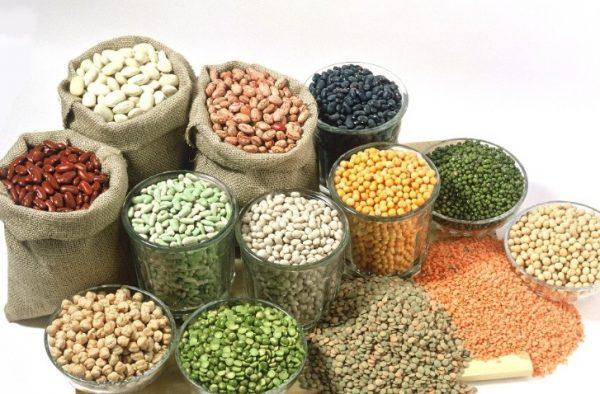 Растительные протеины содержатся в овощах, бобовых и крупах