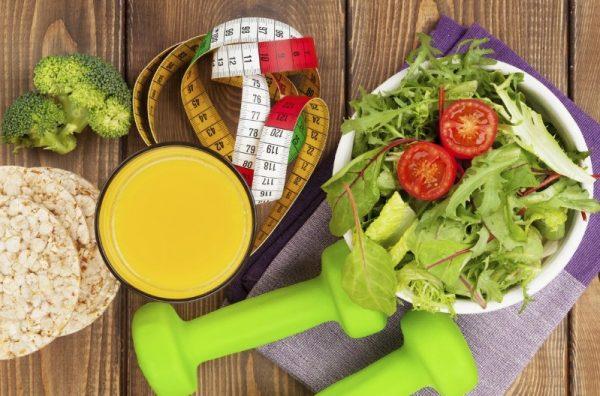 Чтобы скинуть 10 килограмм за месяц, необходимо составить меню на 1400–1600 калорий на день