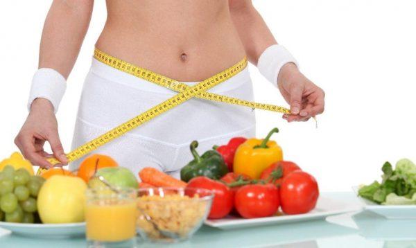 При желании скинуть пару-тройку лишних килограммов нужно скорректировать питание
