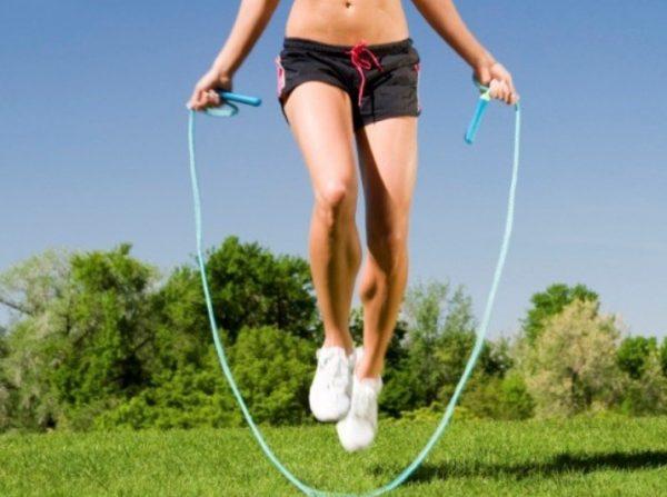 Одно из самых эффективных упражнений кардио – прыжки на скакалке