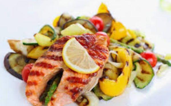 Пожалуй, выработать новые пищевые привычки – самый сложный этап на пути к правильному питанию.