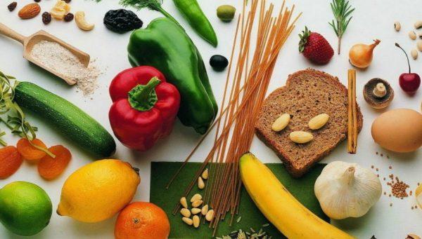 Основу правильного питания составляют натуральные продукты