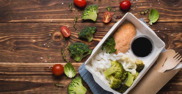 К середине дня пищеварительная система активна и готова усваивать более серьезную еду