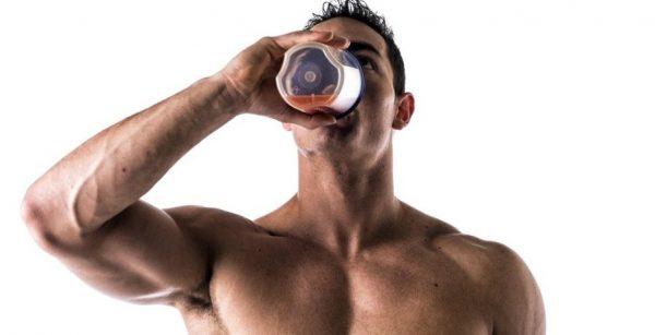 Применение аминокислот рекомендуется только в утреннее время, после тренировок и перед сном