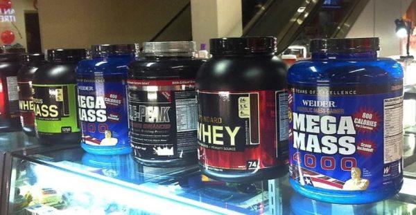 Можно заменить некоторые продукты, восполнить дефицит БЖУ и витаминов можно с помощью спортивных добавок