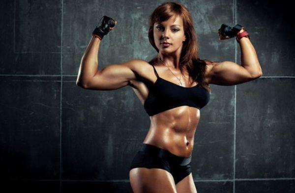 Протеиновый коктейль необходим людям, которые занимаются силовыми видами спорта