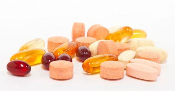 Для повышения аппетита используют лечение таблетками или народными средствами