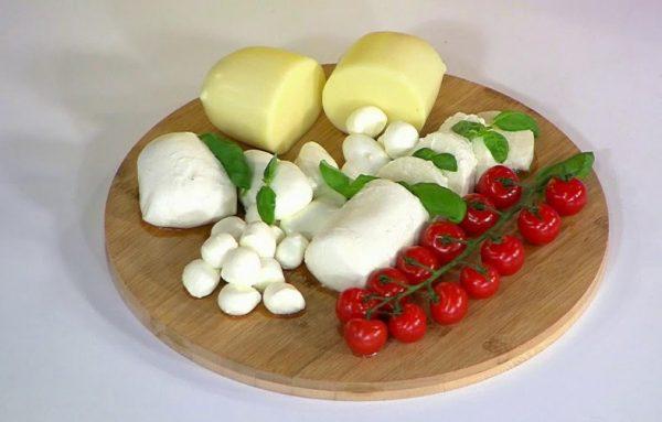 Необходимо выбирать облегченные варианты сыра