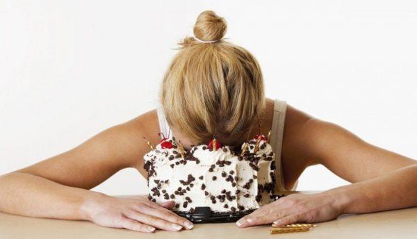 Наше тело периодически подсказывает о нехватке витаминов и микроэлементов