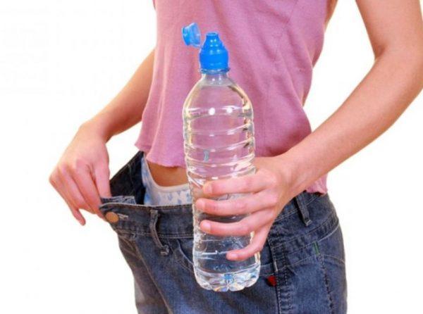 Худеем с помощью воды за неделю на 10 кг без вреда для организма, реально ли?