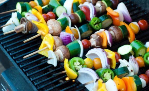 Вегетарианцы не едят мясо, рыбу, птицу