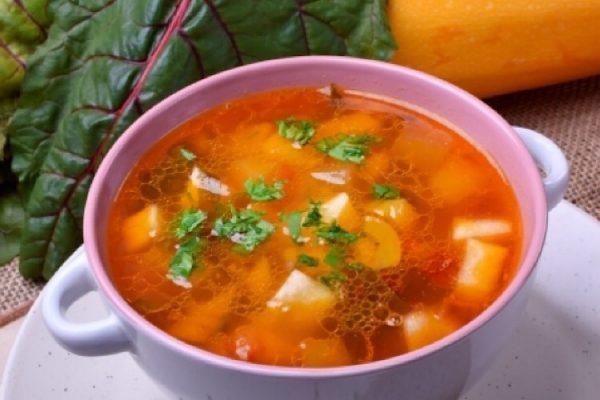 Постный суп с баклажанами