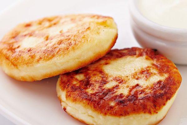 Сырники по Дюкану без отрубей на сковороде
