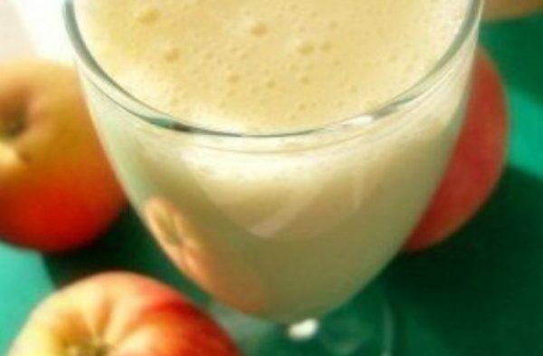 Кефирно-яблочный коктейль с отрубями