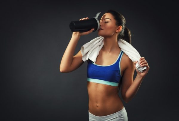 Протеин для набора веса для девушек: польза и вред