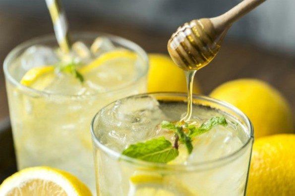 Разгрузка на воде с медом