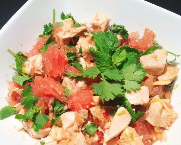 Салат «Курочка с грейпфрутом»