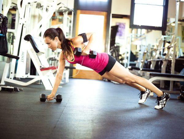 Как правильно заниматься в тренажерном зале, чтобы похудеть без тренера