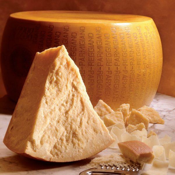 Сыр пармезан: калорийность, БЖУ, состав и пищевая ценность, можно ли при похудении, чем полезен