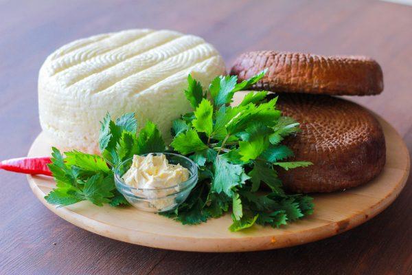 Сыр адыгейский: калорийность на 100 грамм