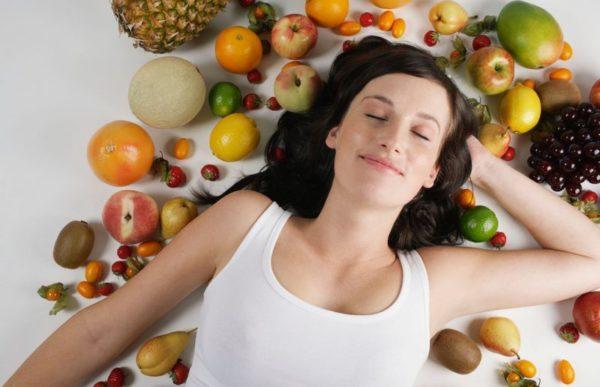 Когда лучше есть фрукты: утром или вечером?
